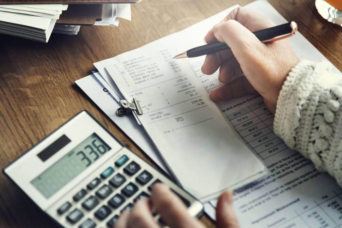 Digitalização e armazenamento de receitas e documentos fiscais
